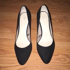 "H&M ""Court Shoes"" Heels"